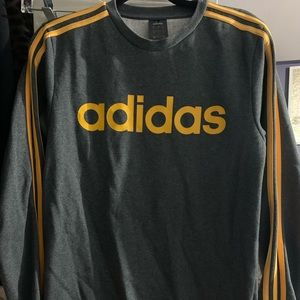 Adidas men's sweatsuit wore once for photoshoot